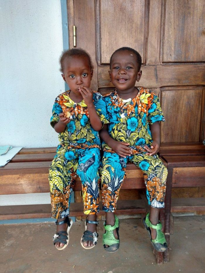 Bienheureux and Sacerdosse in the Paediatric centre of Bangui
